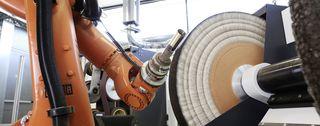 Menzerna - sviluppa e produce paste abrasive per l'industria e l'artigianato.